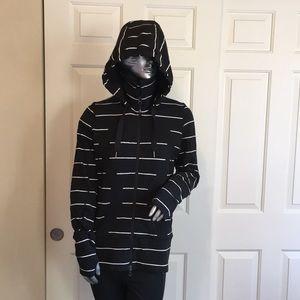 Lululemon Black & White stripped stride jacket